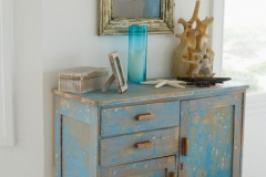 blue-distressed-dresser-shabby-chic