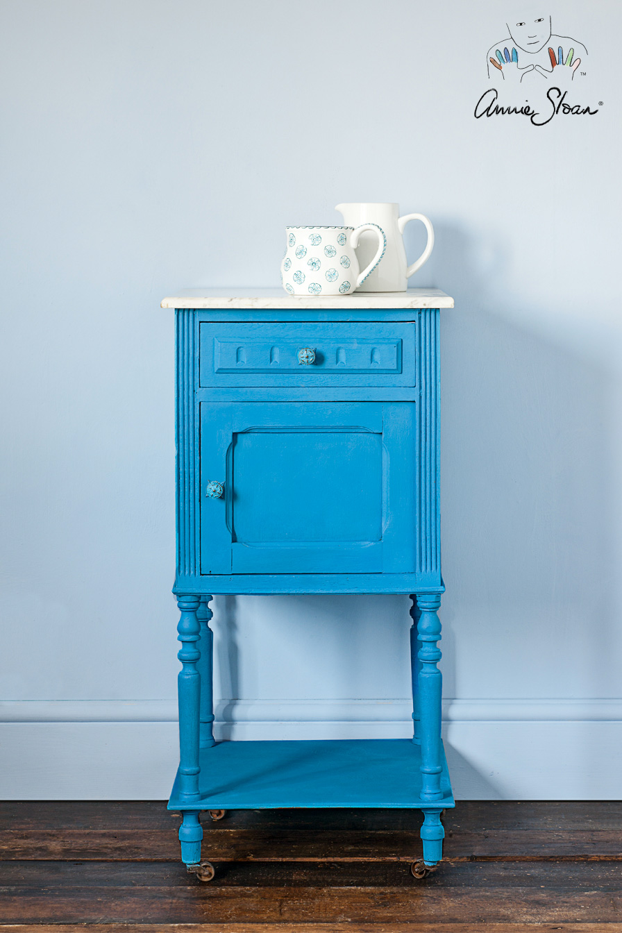 Inspiration | Giverny side table | Annie Sloan